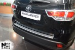 Накладка на бампер с загибом для Toyota Highlander 2014-