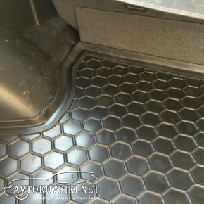 Коврик в багажник Мицубиси Аутлендер 2003-2007 полиуретановый Ав