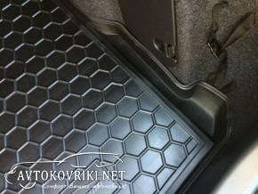 Купить коврик в багажник для Мазда 3 Седан 2014- полиуретановый